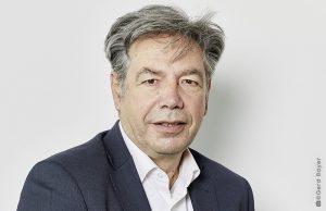 Herr Wolfgang Burkhardt